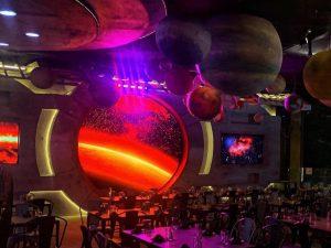 Tư vấn thi công thiết kế trang trí nhà bằng đèn Neon Sign